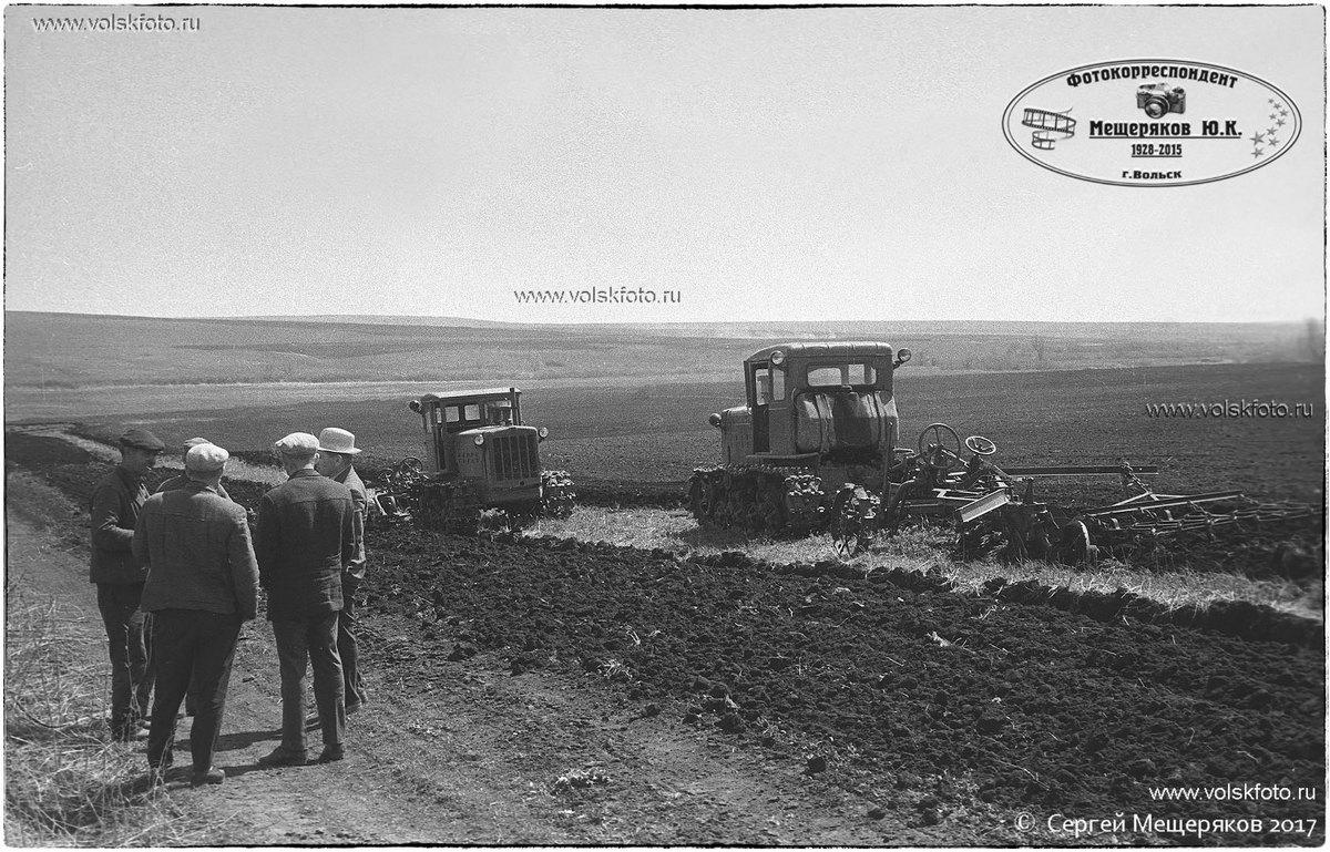 Трактора в поле с.Колояр