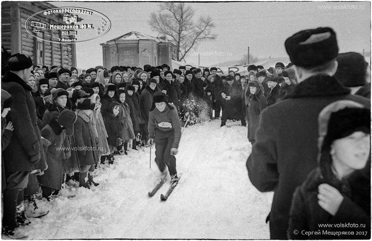 Лыжи,Праздник Русской Зимы в с.Колояр Вольский район